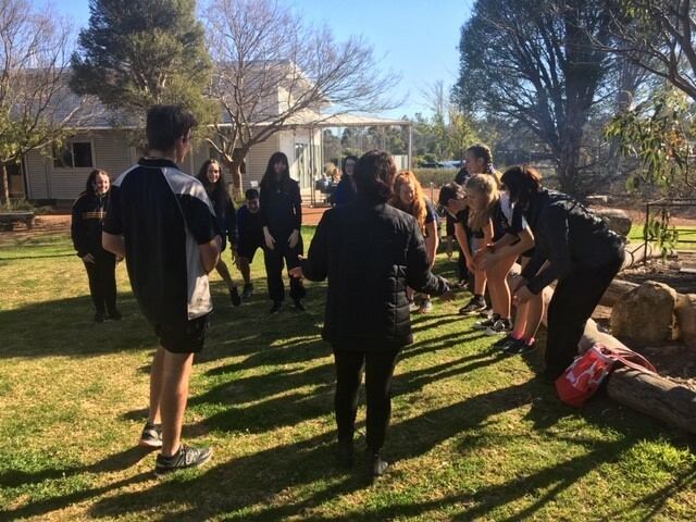 Singing heads and shoulders knees and toes in Noongar