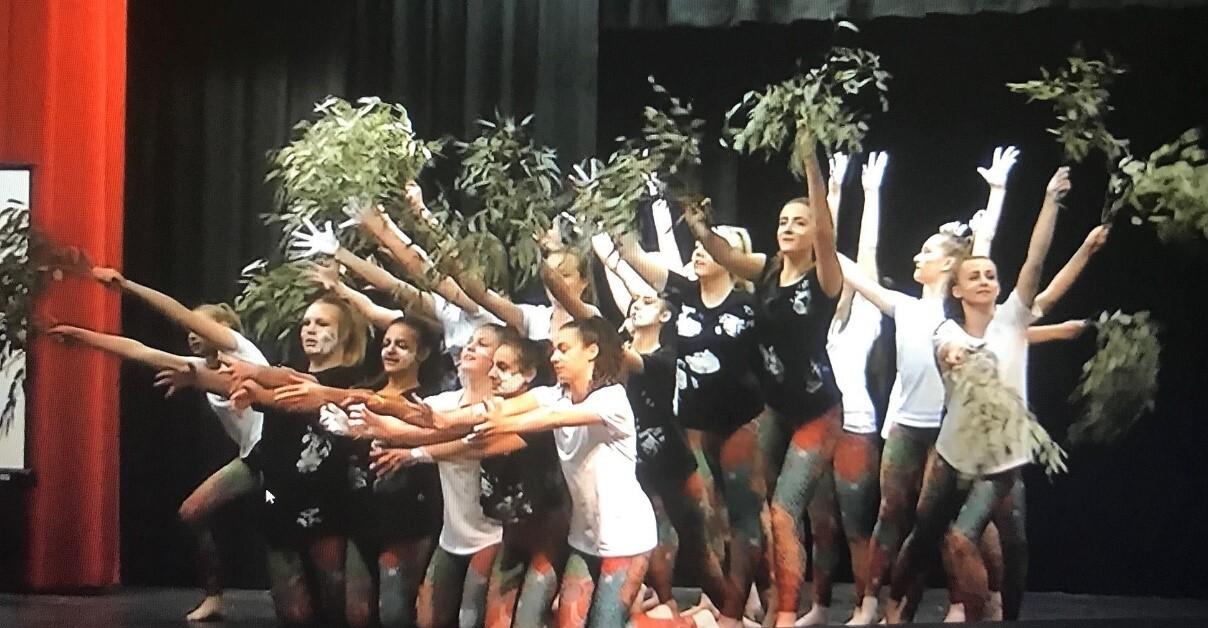 AEW Dancers