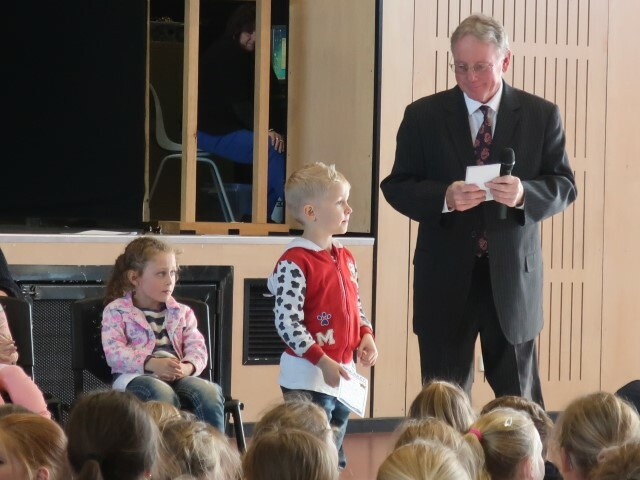 kinder assembly (9) (Small)