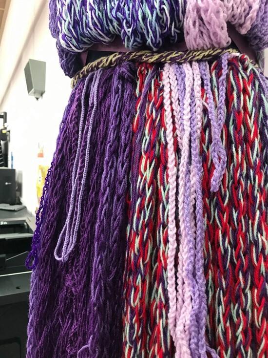 Finger Knitting 2