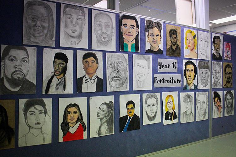 Year 9-10 art-gallery5-09