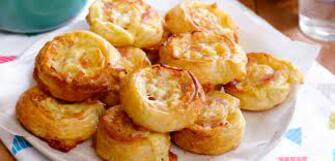 Ham and Cheese Pizza Scrolls