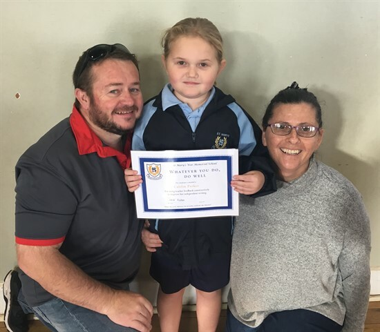 Caitlin Parker with mum & dad