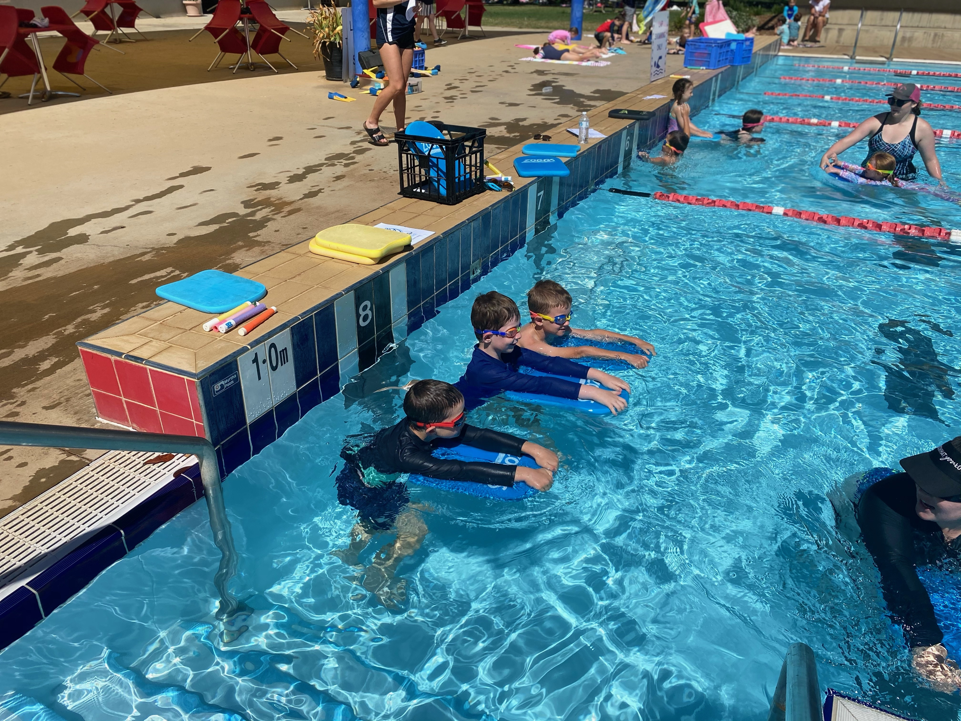 Intensive Swimming (11)