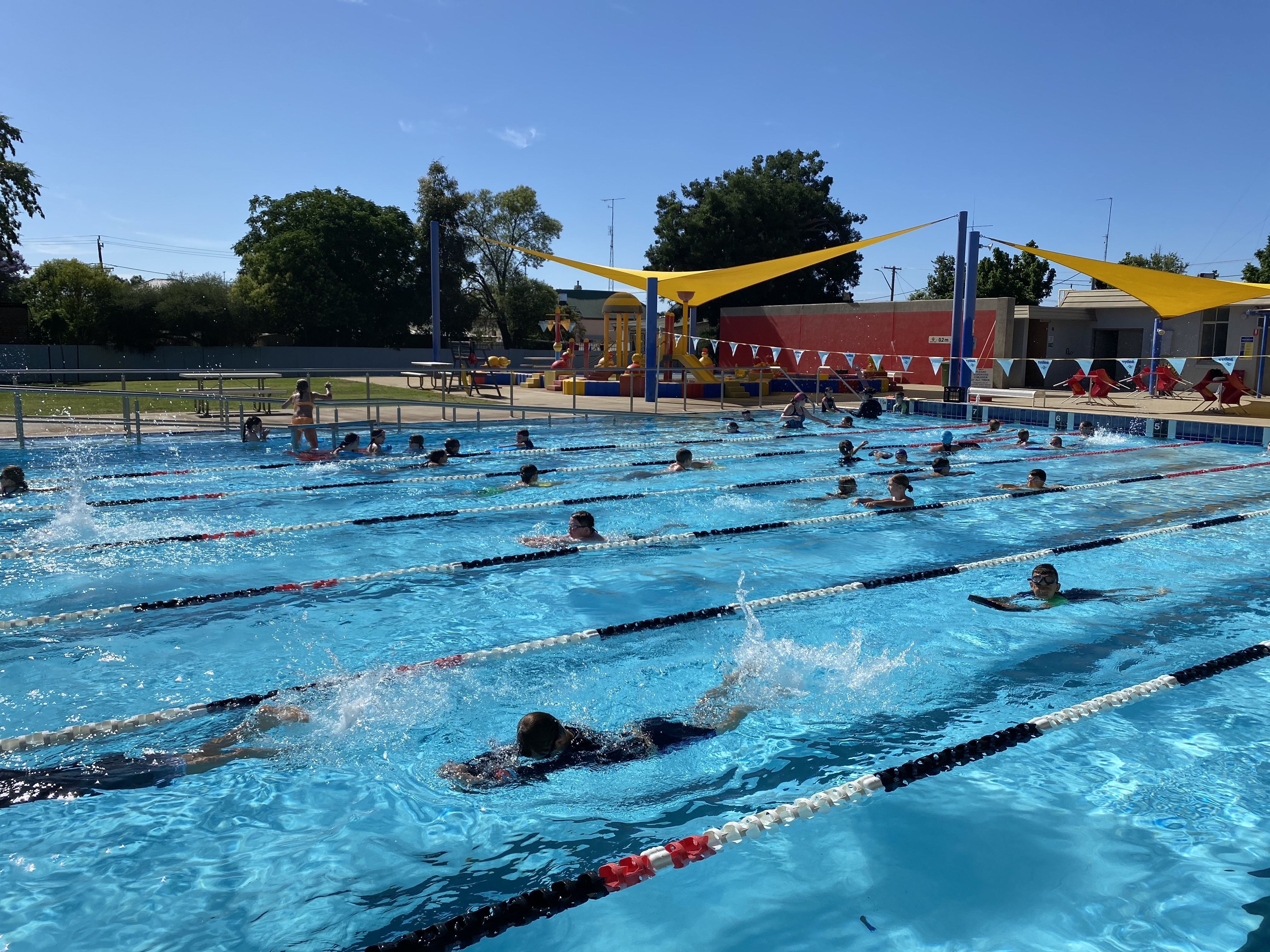 Intensive Swimming (4)