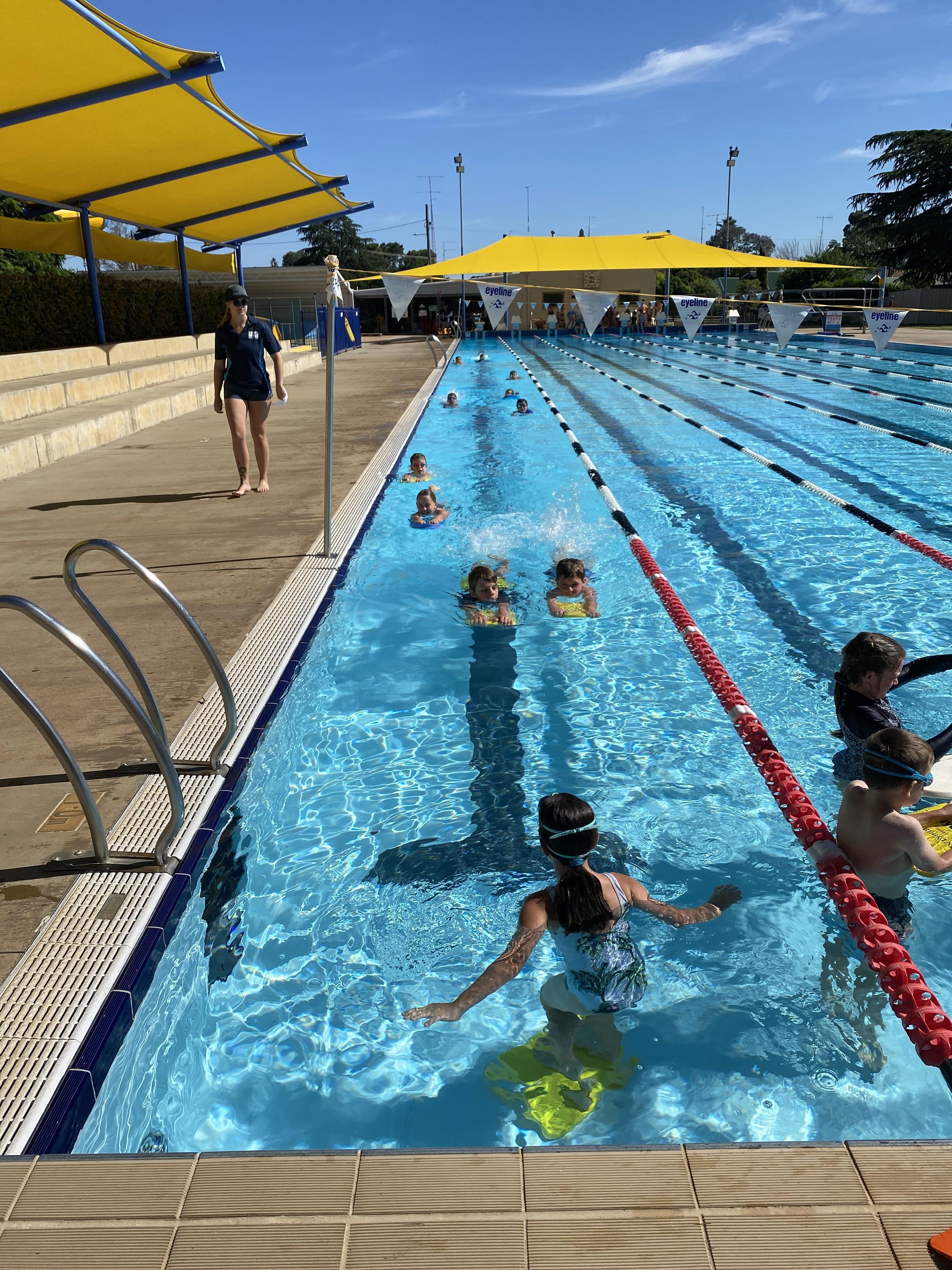 Intensive Swimming (7)