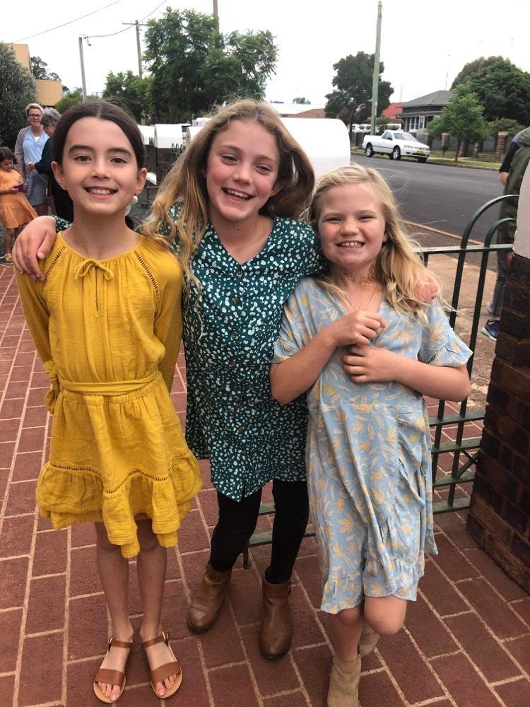 Amelia-Rose, Chloe & Edie