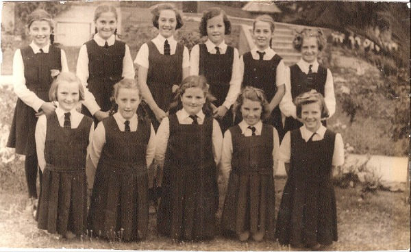 1947_Grade_6_Girls.jpg