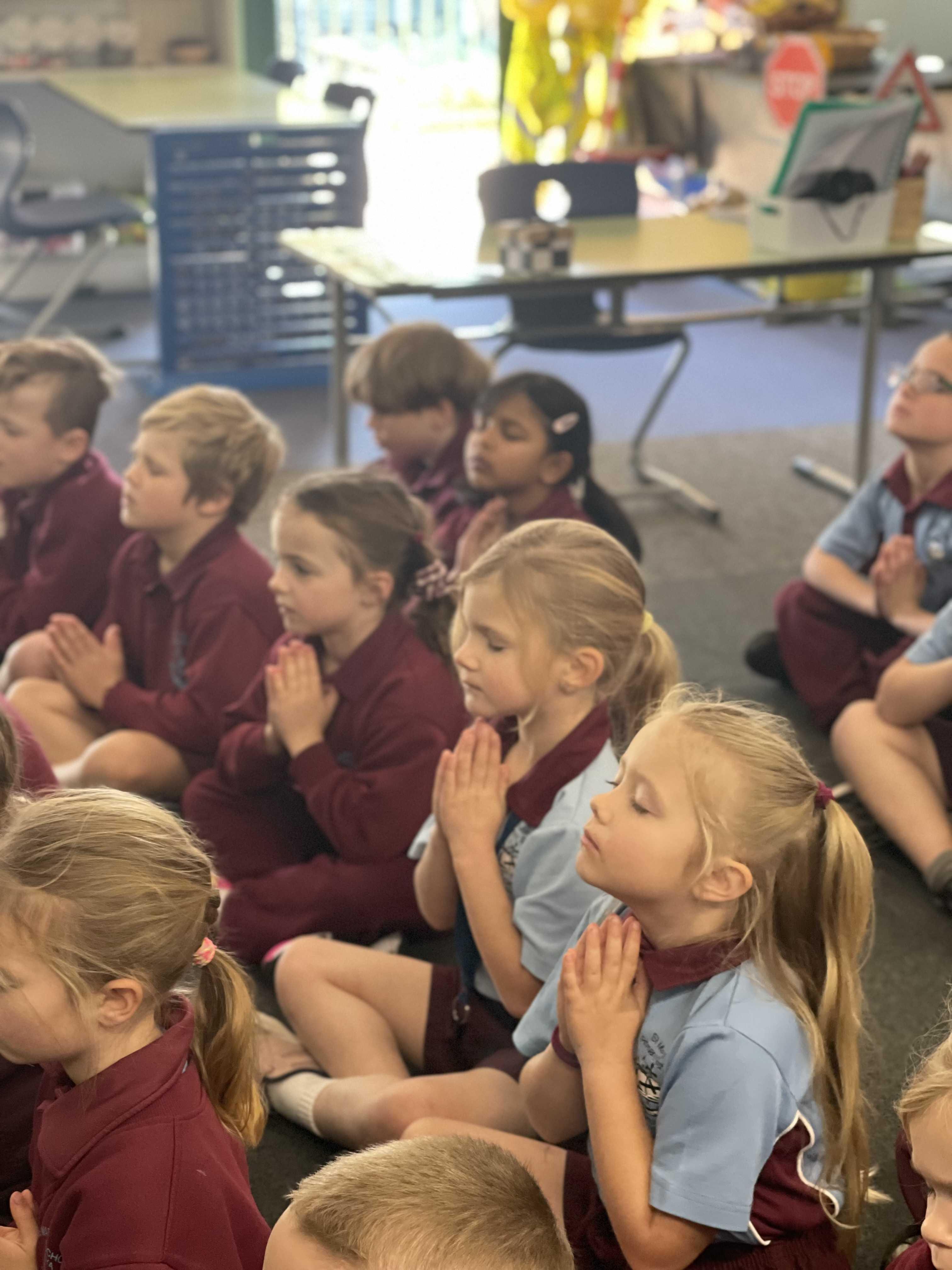 Kinder_Meditation