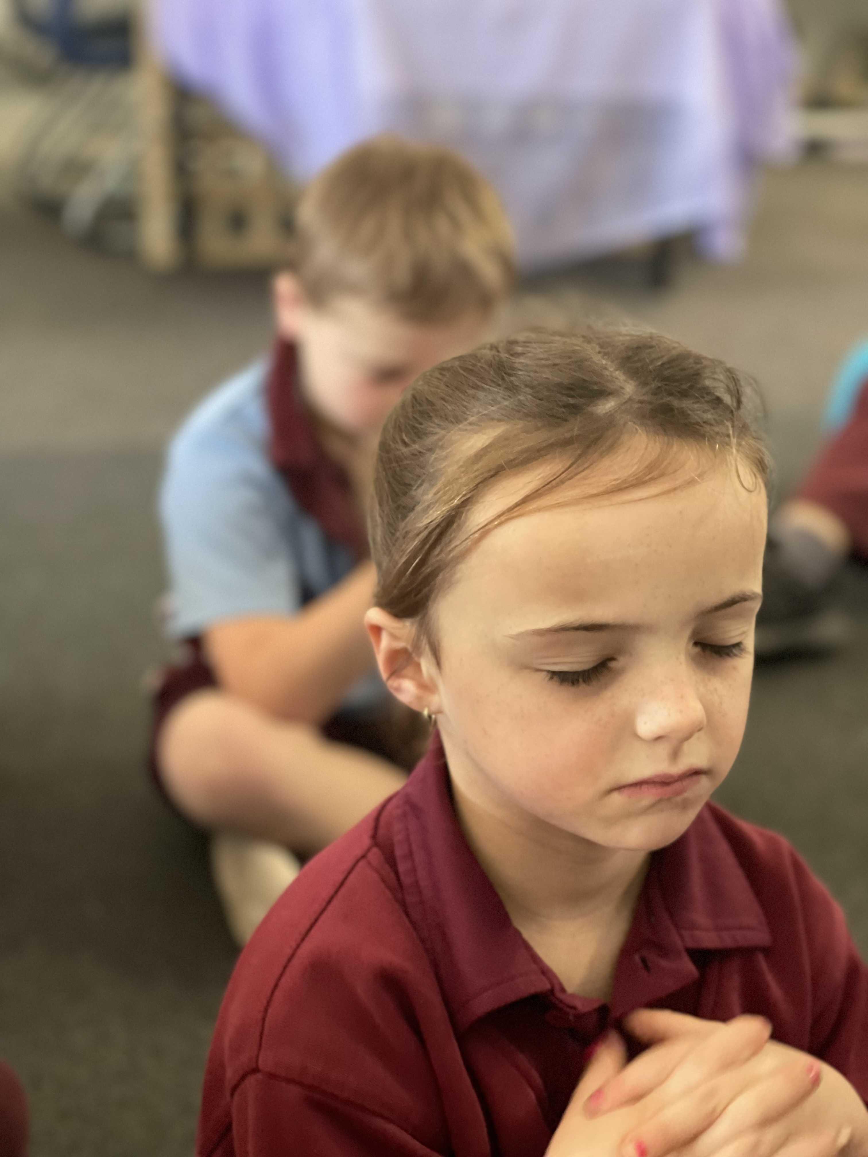 Student_meditating