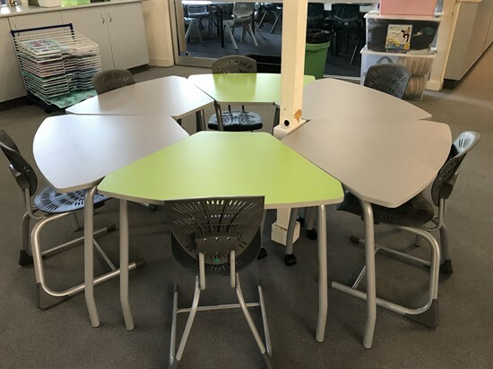 Year 6 - new furniture - April 2021 (8)